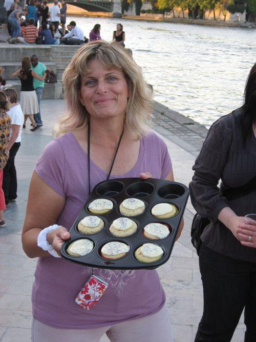 Picnic leesa cupcakes